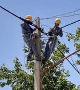 اصلاح شبکه برق یک روستا در شهرستان سنندج