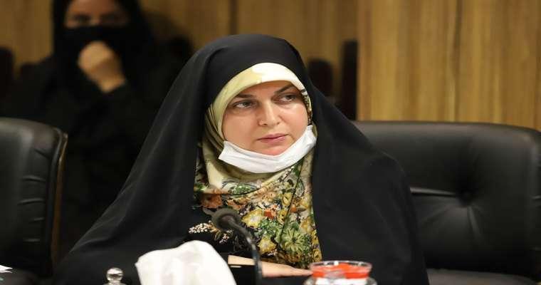 رئیس کمیسیون فرهنگی شورای شهر رشت تاکید کرد: ضرورت حمایت بیشتر مسئولان از فعالان حوزه عفاف و حجاب