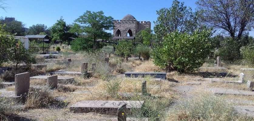 آرامستان امامیه پاکسازی و تنظیف شد