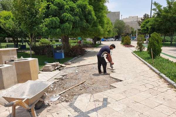 بازپیرایی عمرانی بوستان الغدیر در دست اجراست