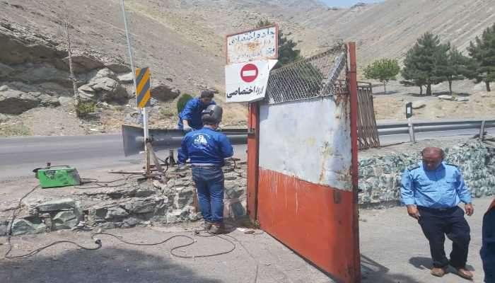 تخریب یک مجتمع پذیرایی غیرمجاز در حریم مخزن سد امیرکبیر