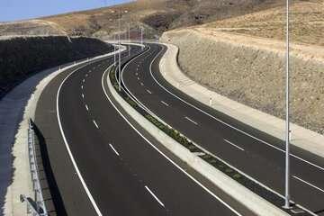وزیر راه: تا پایان دولت ۵ هزار کیلومتر انواع راه افتتاح میشود