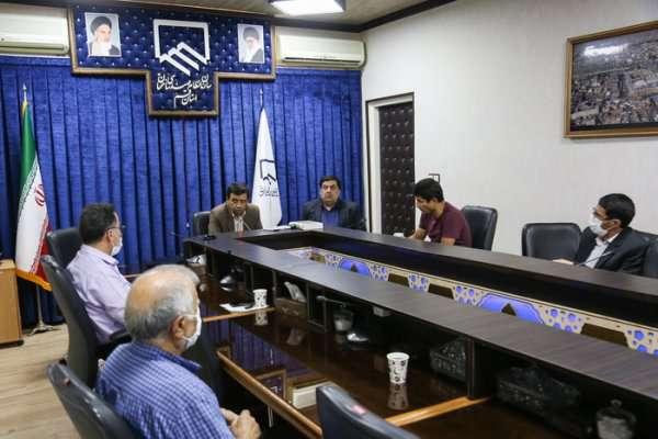 کمیسیون های تخصصی بدور از حواشی مباحث تخصصی را دنبال کنند