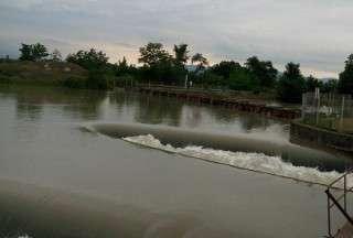 رهاسازی ۱.۷ میلیارد متر مکعب آب از سد سفیدرود گیلان