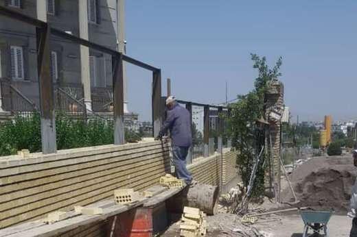 تداوم احداث دیوار در پروژه طرح تبادل جنوب غربی پل اتحاد ملی