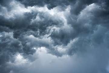 آسمان ۱۰ استان بارانی است/ شدت بارشها در مناطقی از جنوب و جنوبشرق