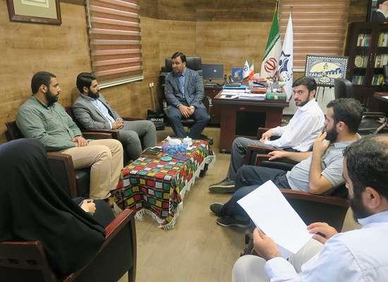 نشست مشترک رئیس سازمان فرهنگی ، اجتماعی ورزشی شهرداری رشت با مسئولین خانه ی فرهنگ و هنر انقلاب اسلامی