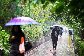 رد پای باران از شمالغرب تا جنوبشرق/تهران گرمتر از دیروز