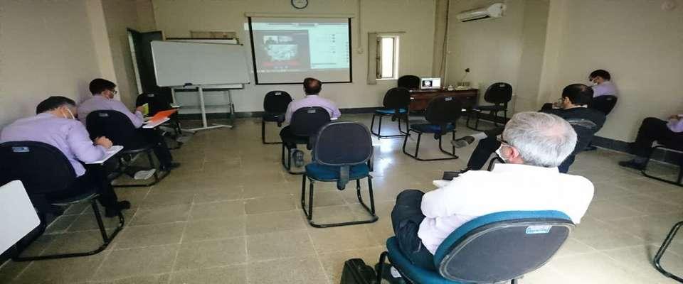استفاده از فضای آموزشی مجازی در نیروگاه یزد