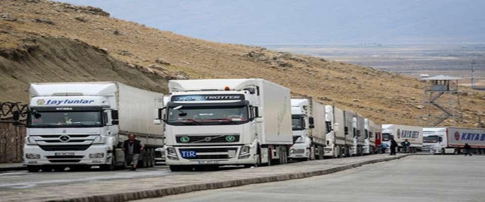 رایزنی برای بازگشایی هرچه سریعتر مرز میلک/ توقیف سه ماهه کامیون رانندگان متخلف