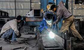 کارگران ساختمانی محروم از وام و بیمه بیکاری کرونا!