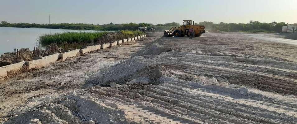 پیشرفت فیزیکی پروژه ساحل سازی ضلع جنوبی رودخانه کارون از سمت محرزی توسط شهرداری خرمشهر