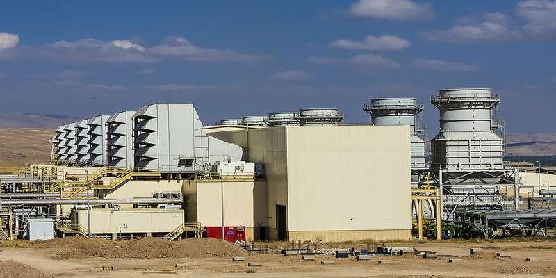 نخستین واحد بخار نیروگاه ارومیه به شبکه برق کشور متصل شد