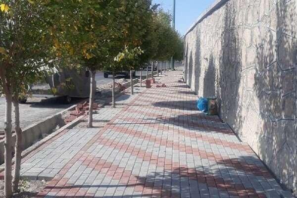 اجرای 42 متر مربع پیاده روسازی کفپوش در منطقه 2 شهرداری قزوین