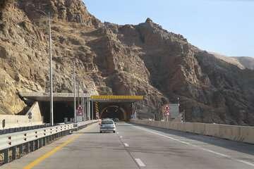 تکمیل مسیر رفت منطقه ۲ آزادراه تهران-شمال در نیمه نخست ۱۴۰۰