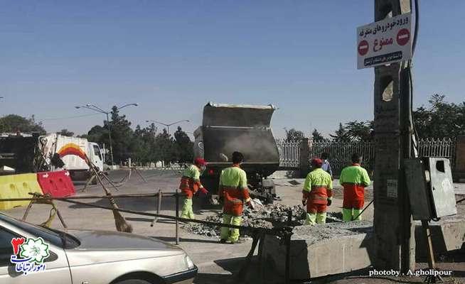 جمعآوری نخالههای ساختمانی توسط معاونت خدمات شهری شهرداری منطقه ۳