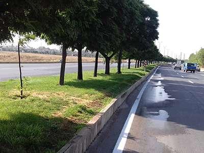 تقدیر از همکاری مناطق سهگانه شهرداری در رفع مشکل نشت آب از ریفوژهای فضای سبز معابر