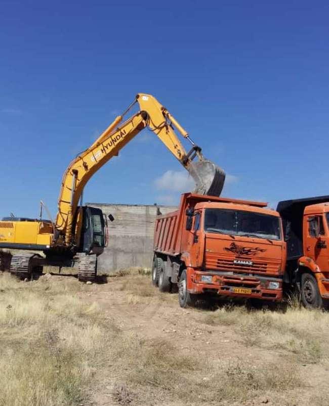 شروع عملیات خاکبرداری مخزن زون 3 آبرسانی خلخال  درنقاط مختلف...