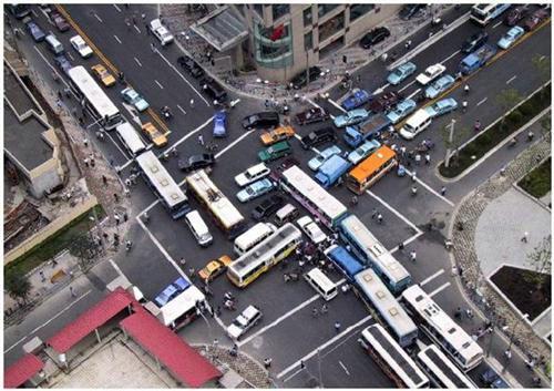 مخالفت مجلس با ایجاد مدیریت حمل و نقل برون و درون شهری توسط دولت