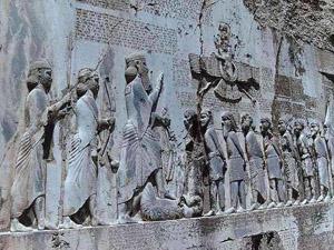 بنای تاریخی با تخریب هم از فهرست آثار ملی خارج نمیشود