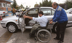اقدامات شهرداری در زمینه مناسبسازی معابر برای تردد معلولان ظاهرسازی است