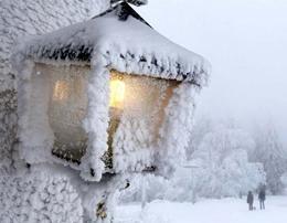 بارش نخستین برف زمستانی در قم