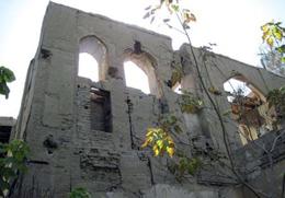سردر تاریخی «خیمهگاه» در اصفهان تهدید میشود