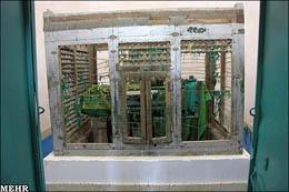مرمت آرامگاه یعقوب لیث صفاری با چوب صندوق میوه