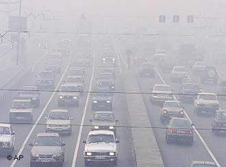 گرد و غبار شهرستان مرزی قصرشیرین را فرا گرفت