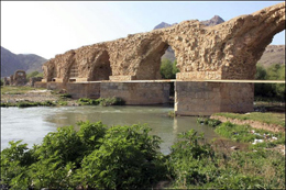 لرستان پایتخت پلهای تاریخی ایران شود