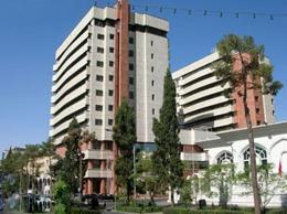 ساختمان های خفته بر خیابان زند شیراز