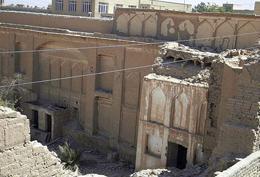 تخریب خانههای تاریخی یزد دور از چشم مسئولان!