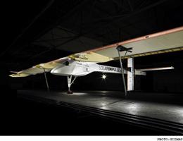 هواپیمای خورشیدی سوئیسی به پرواز دور دنیا میرود