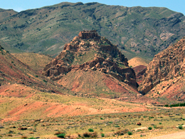 قلعه خویدک؛ شاهکار تاریخی کویر
