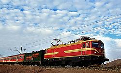 نخستین قطار کانتینری اکو وارد زاهدان شد