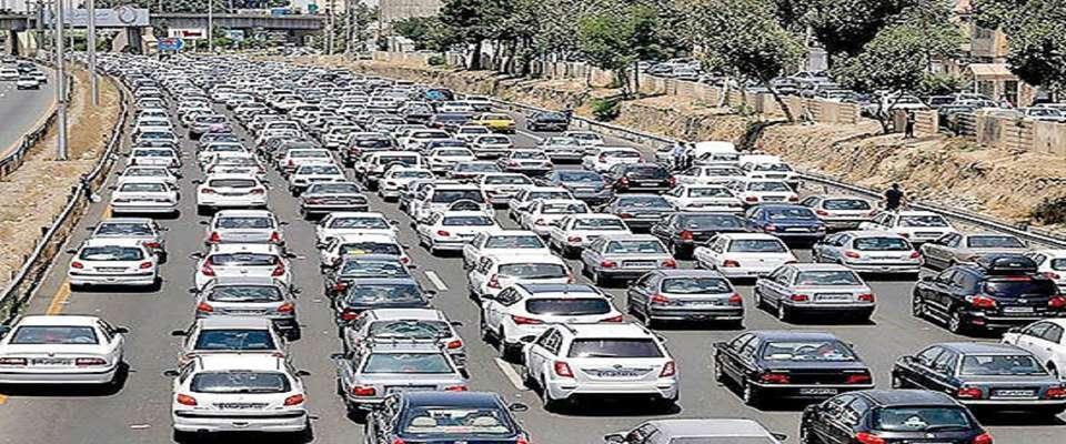ترافیک شش کیلو متری در مسیر آزاد راه تهران_ پردیس+ فیلم