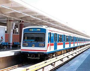 قطار شهری مشهد در ماه مبارک رمضان تا ساعت ۱۰ شب کار می کند
