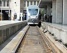 دستور وزیر راه برای جمع آوری راه آهن از داخل شهر قم