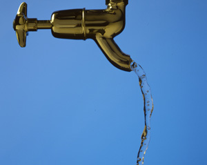 وزیر بهداشت: آب تهران مشکلی ندارد