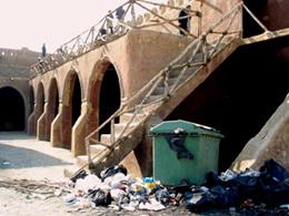 سیل پایه های پل تاریخی آق قلا را سست کرده است