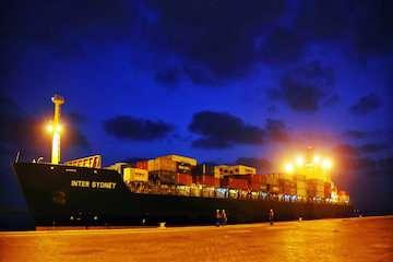 ثبت رکورد ۲۸ درصدی ترانزیت خارجی در دروازه ملل/ واردات ۶۱ هزار تن گندم اهدایی هند به افغانستان از طریق بندر شهید بهشتی چابهار/ ویترین متنوع بزرگترین بندر اقیانوسی کشور در ترانزیت خارجی