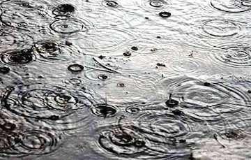 بارش باران در سواحل شرقی دریای خزر/ دمای تهران به ۳۳ درجه میرسد
