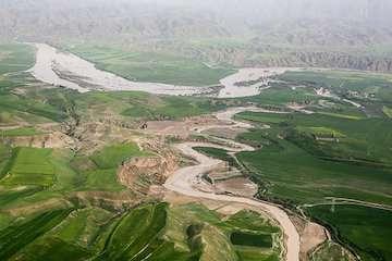 ارایه تسهیلات به ۳۲۳۷۴ مالک خسارتدیده از سیل خوزستان/۲۱۴ میلیاردتومان کمک بلاعوض به سیلزدگان پرداخت شد/توزیع ۸۹۱۹ میلگرد و ۵۴۴۳۵ تن سیمان رایگان
