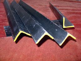 نوسان متفاوت بازار رسمی و غیررسمی آهن آلات