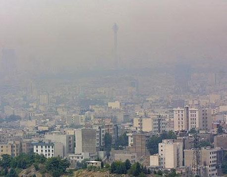 آسمان تهران همچنان در شرایط هشدار