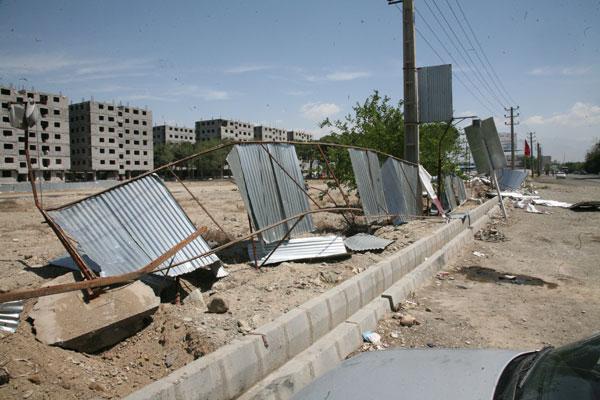 تخریب اموال شهرک مسکونی مهستان بدون حکم قضایی