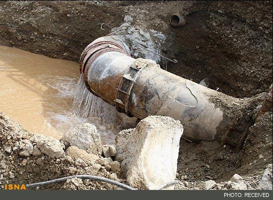 خسارت ۷۰۰ میلیون تومانی زلزله به شبکه آبرسانی روستایی پلدختر