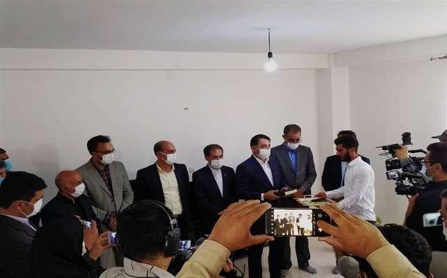 آغاز تحویل ۱۴ هزار مسکن مهر پردیس/ معامله پروژههای روی خاک مسکن مهر قانونی است