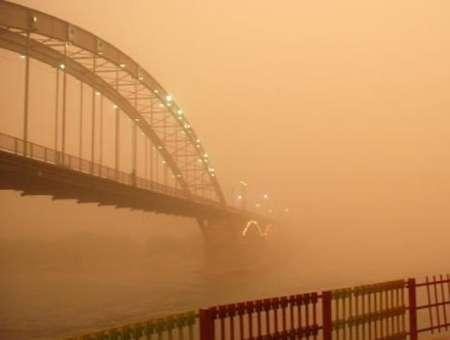 آلودگی هوا مدارس ۱۲شهر و مرکز استان خوزستان را روز شنبه تعطیل کرد