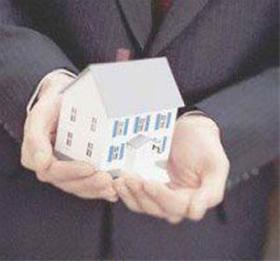 خانوادههای دارای چند معلول صاحب خانه میشوند